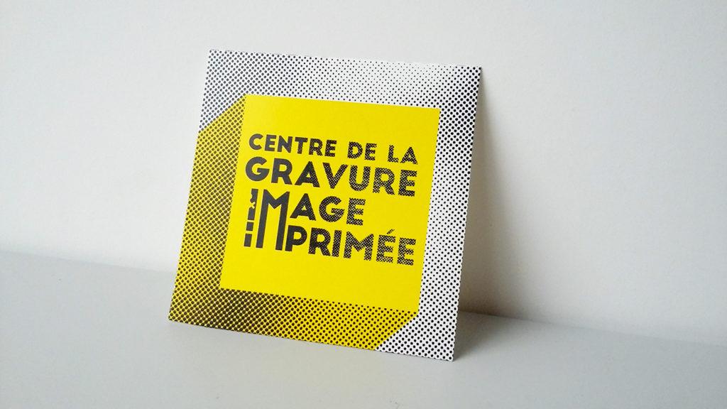 signe avec branding typographique