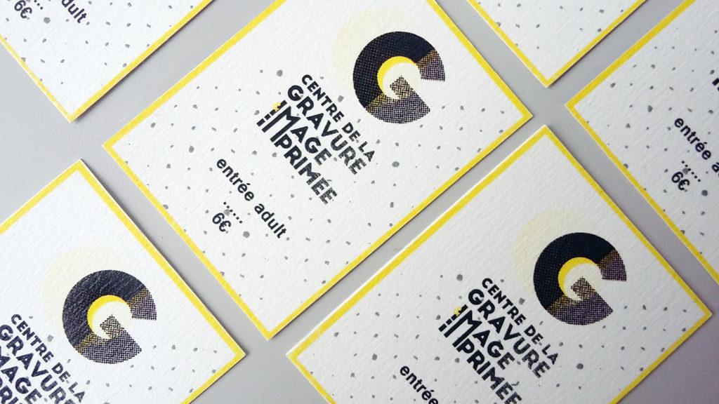 tiquet avec branding et logo