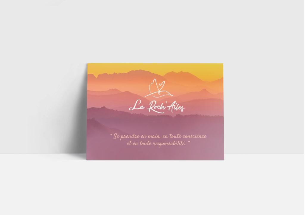 declinaison imprimée: carte postale avec le logo la roch'ailes asbl